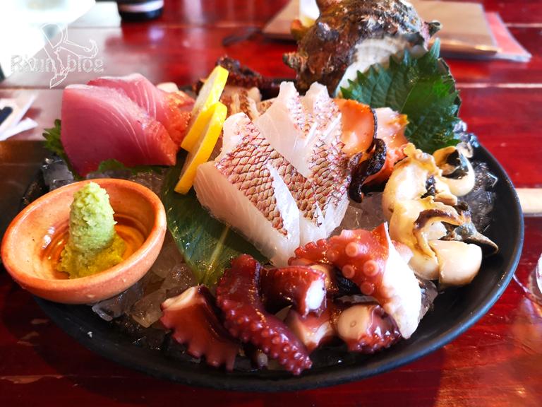 居酒屋みわちゃんは刺身の鮮度が抜群!セリ市場が隣で海鮮豊富!(福岡/食事処)